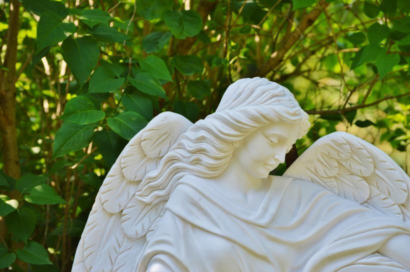 angel-2368516_1920